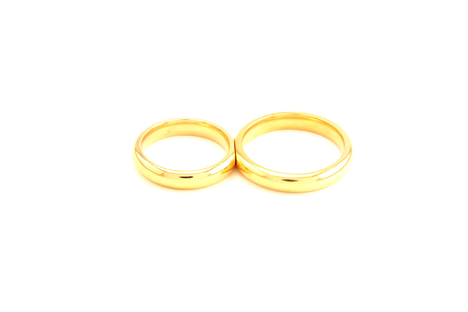 Wedding Rings that Fit Each Other 'Bond'
